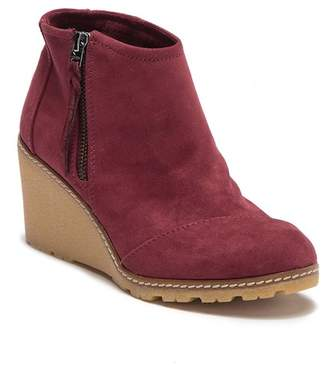 Toms Avery Microfiber Wedge Bootie