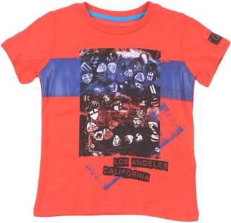 GUESS T-shirts - Item 12222045HO
