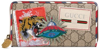 Gucci Courrier GG Supreme zip around wallet