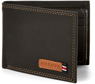 Tommy Hilfiger Leather Johnathan Passcase Wallet