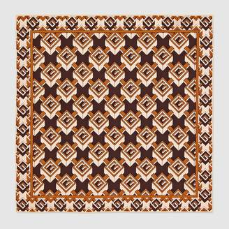 Gucci Geometric G print silk pocket square