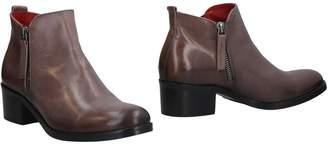 Donna Più Ankle boots - Item 11464737