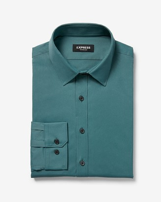 Express Extra Slim Solid Wrinkle-Resistant Performance Dress Shirt