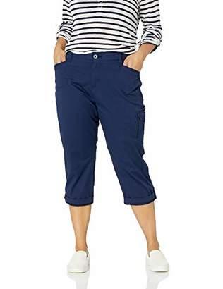 22ef3e05915 Lee Women s Plus Size Flex-to-Go Relaxed Fit Cargo Capri Pant