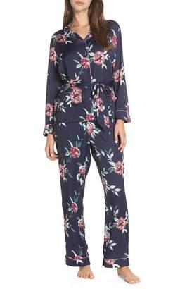 Nordstrom Sweet Dreams Wrap Pajamas