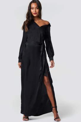 Di Lara Dilara X Na Kd Slip Shoulder Tie Waist Shirt Black