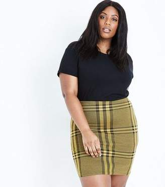New Look Curves Yellow Wide Check Jersey Tube Skirt