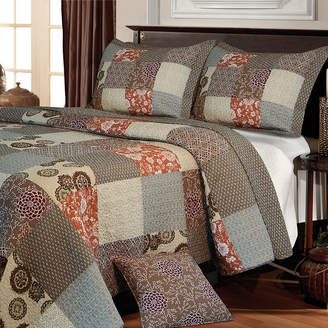 Greenland HOME FASHIONS Home Fashions Stella Patchwork Quilt Set