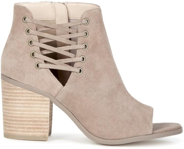 Beechwood Transitional Sandal
