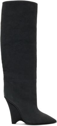 Yeezy ブラック キャンバス ウェッジ ブーツ