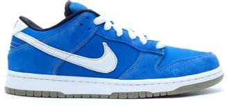 Nike Dunk SB Low Street Fighter Chun Li