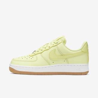 Nike Women's Shoe Force 1 '07 Low Premium