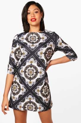 boohoo Chain Print 3/4 Sleeve Shift Dress