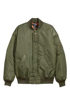 H&M Oversized Bomber Jacket - Dark green - Men