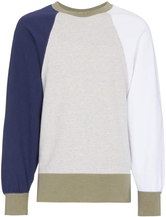 Sweatshirt mit Oversized-Ärmeln