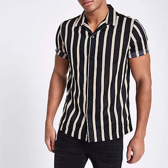River Island Mens Black twill stripe print short sleeve shirt