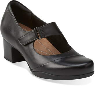 e7e12b67446 Clarks R)  Rosalyn Wren  Mary Jane Pump