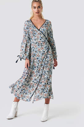Glamorous Wrap Maxi Floral Dress White Blue Floral