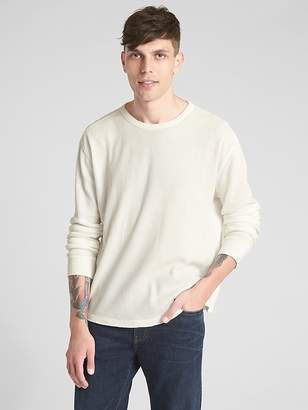 Gap Long Sleeve Classic T-Shirt in Waffle Knit