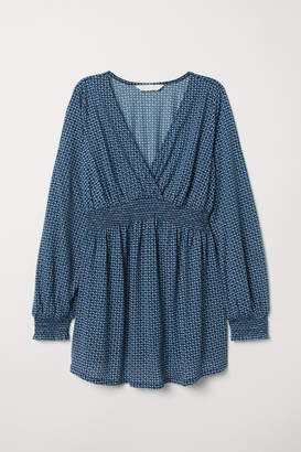 H&M MAMA Top with Smocking - Blue