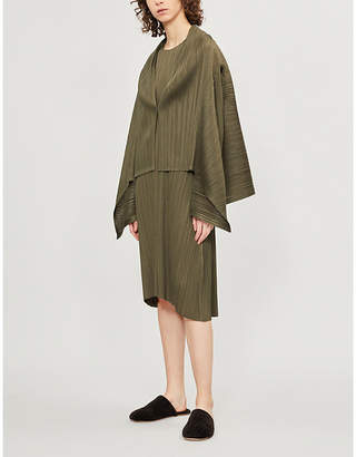 Pleats Please Issey Miyake Monthly V-neck pleated jacket