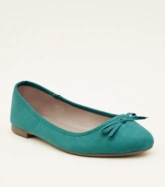 41e5a791f624 New Look Wide Fit Dark Green Suedette Ballet Pumps