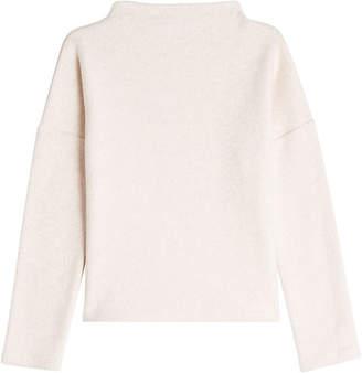 Closed Fleecy Pullover