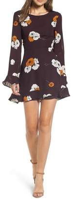 Cupcakes And Cashmere Leena Vintage Floral Dress