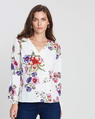Dorothy Perkins Floral Button Detail Long Sleeve Top