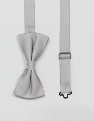 Twisted Tailor bow tie in gray