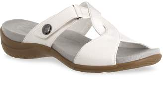 Easy Street Shoes Spark Women's Comfort Sandals