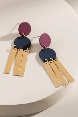 francesca's Emery Tiny Chandelier Earrings - Burgundy