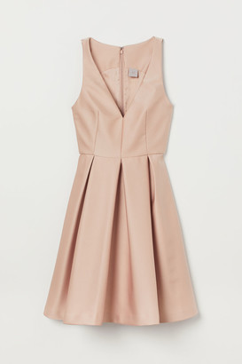 H&M Dress with Sheen - Beige