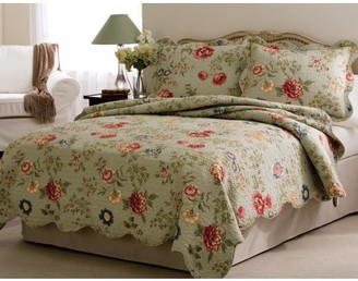 American Traditions Edens Garden Twin Quilt with Pillow Sham
