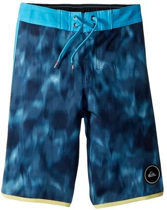 Quiksilver Highline Recon Boardshorts Boy's Swimwear
