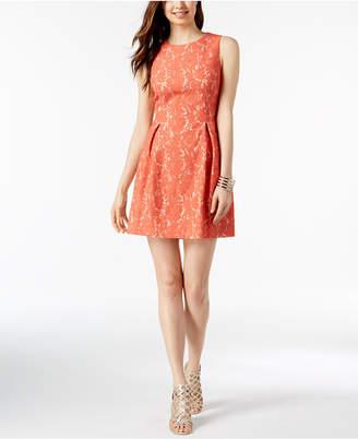 Jessica Howard Petite Sleeveless Lace Dress