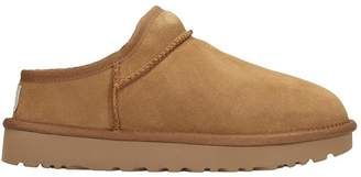 UGG Classic Slipper Loafers In Leather Color Suede