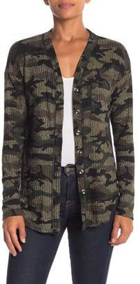 Socialite Front Button Camo Print Pocket Thermal Tee