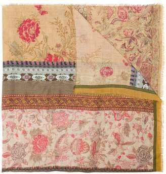 Pierre Louis Mascia Pierre-Louis Mascia Lokis scarf