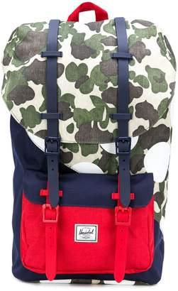 Herschel buckle fastening backpack
