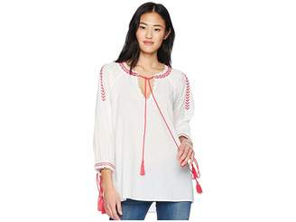 Romeo & Juliet Couture Embroidered Peasant Blouse Women's Blouse
