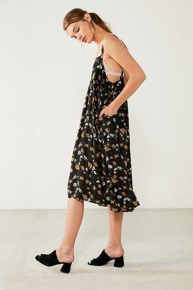 Kimchi Blue Fleur Babydoll Floral Midi Dress $69 thestylecure.com