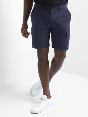 "Gap 10"" Lightweight Performance Cargo Shorts"