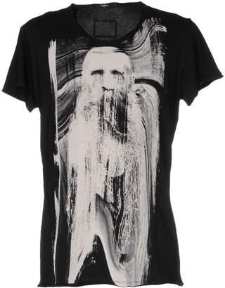 Tigha T-shirts