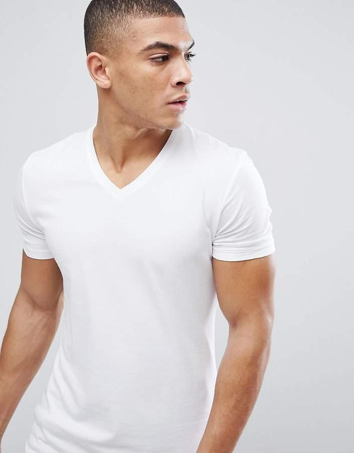 – Weißes Bio-Muskelshirt mit V-Ausschnitt