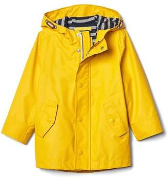 Jersey-lined raincoat $49.95 thestylecure.com