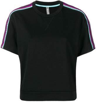 NO KA 'OI No Ka' Oi striped appliqués shortsleeved sweatshirt