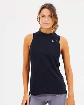 Nike Dri-FIT Tailwind Tank