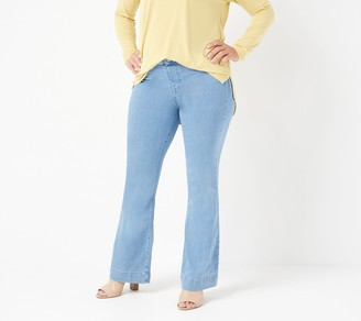 Laurie Felt Petite Silky Denim Flare Pull-On Jeans