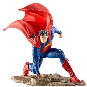 Schleich Superman, Kneeling